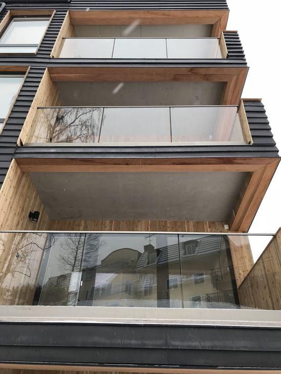 stolpfritt balkongräcke